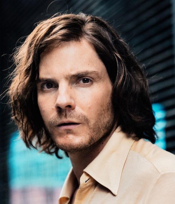 Colonia Dignidad, Daniel Brühl, 030, Interview
