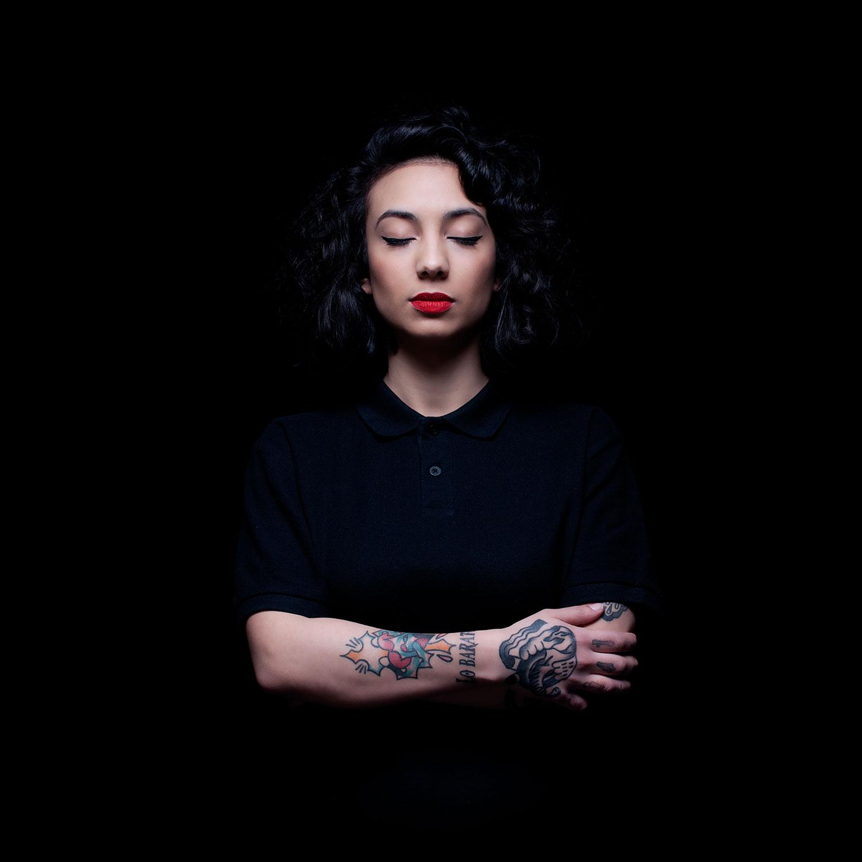 MACKGIA, ein weiblicher Techno-DJ aus Madrid in Spanien