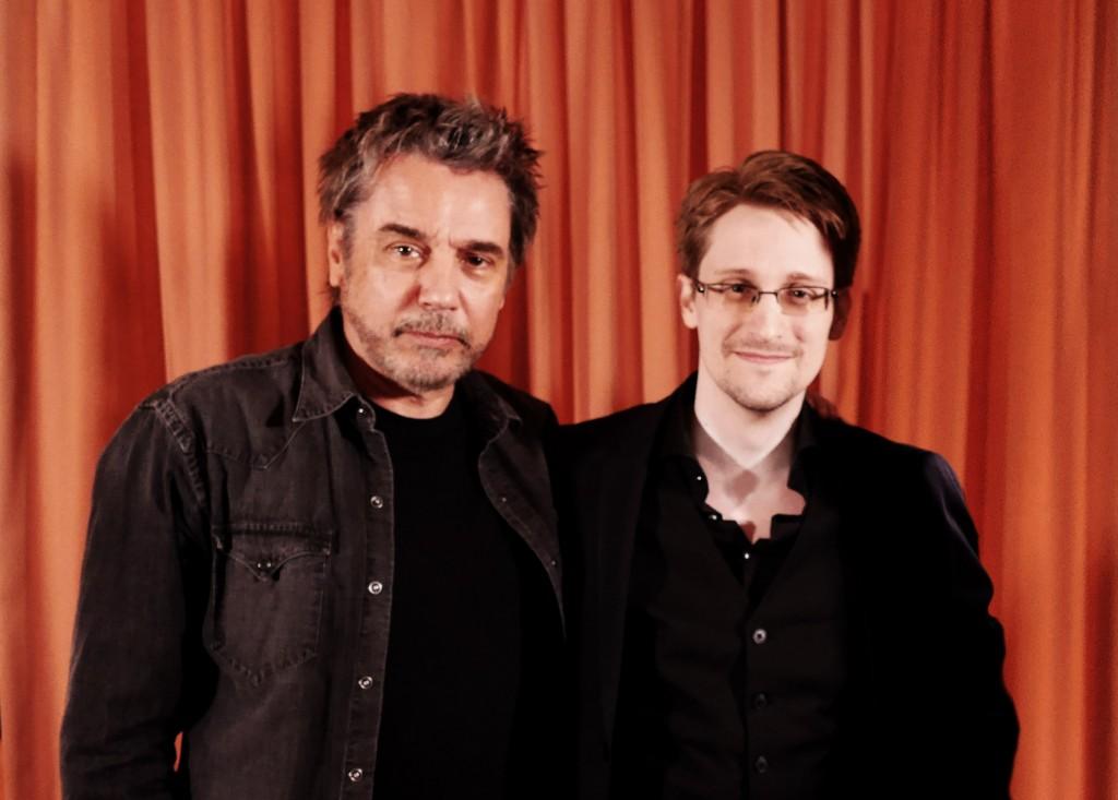 Eine ungewöhnliche Kombination: Jean-Michel Jarre und Edward Snowden