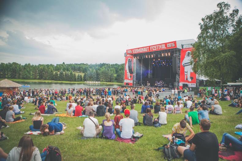Entspannte Atmosphäre. Das Kosmonaut Festival in der Nähe von Chemnitz. - Foto ©: Sandra Mueller