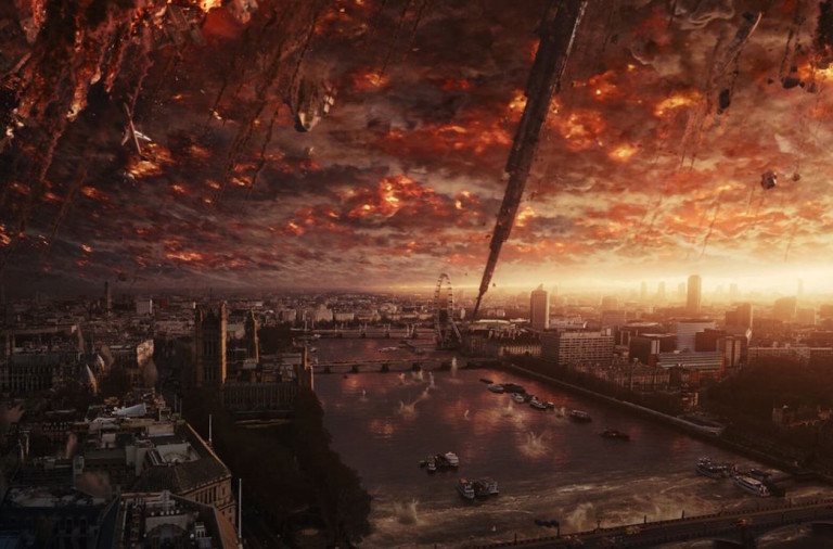 Independence Day 2, Roland Emmerich, Review
