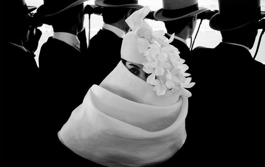 Frank Horvat, Mode à Longchamp, Allure, C/O Berlin, Ausstellung, Blickwechsel, Mode, Sender, Fotografie, Diskussion