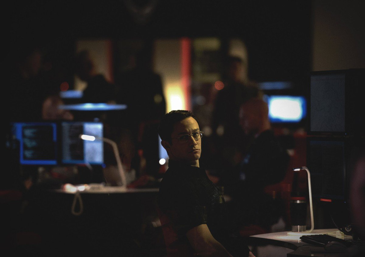 Edward Snowden, Oliver Stone, NSA, Whistleblower