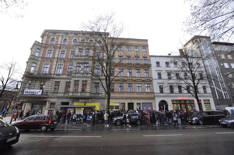 Wohung Kreuzberg, Overkill