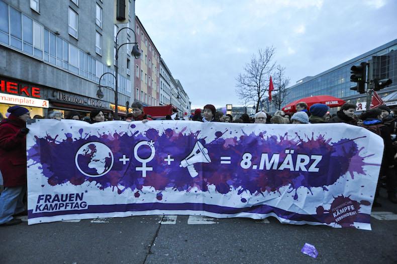 Frauenpower13.jpg