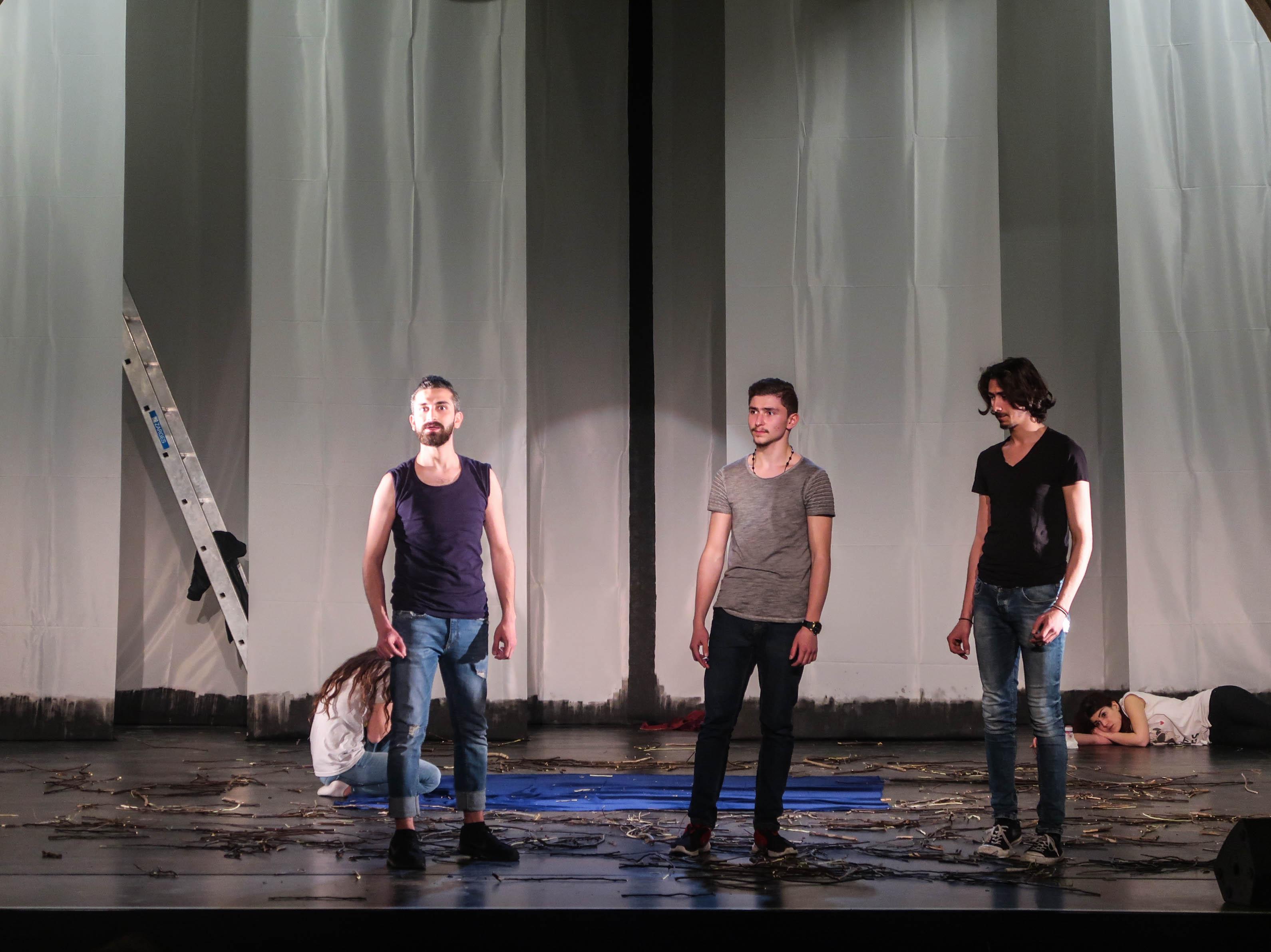 Freiheit, Theater, Delphi