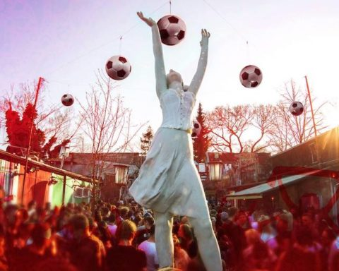 Fußball, WM, Fifa, WM, Soccer, Birgit&Bier, Berlin, Sport, TV, 030, Kreuzberg, Bar, Club, Open-Air, Freiluft