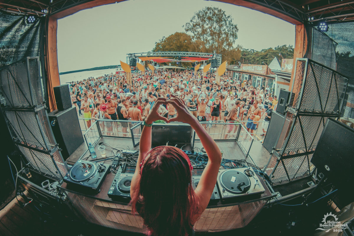 MainStage, Festival, Party, Event, Beach, Farben, Bühne, Musik, Techno, Stages, Life, Acts, DJ, Bands, Sänger, Instrumente, Menschen