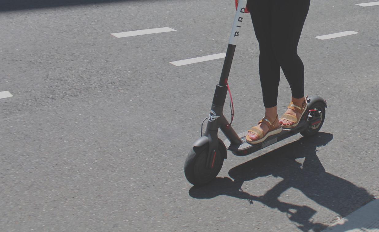 E-Scooter, Tretroller, Elektro-Tretroller, Elektro, Roller, Berlin, Stadt, Mobiliät, 030 CREDIT CC0:Elvert Barnes