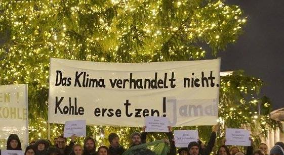 Klimawache Berlin, Brandenburger Tor, Klima, Berlin, Politik, Umwelt, 030