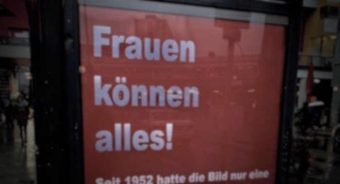 Plakat, Bild, Frauen, Feminismus, Berlin, Feministen, 030, CREDIT Twitter: @wirsindmodus
