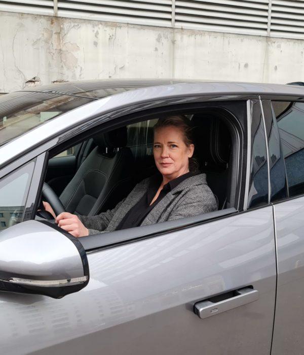 Uber, Fahrerin, Berlin