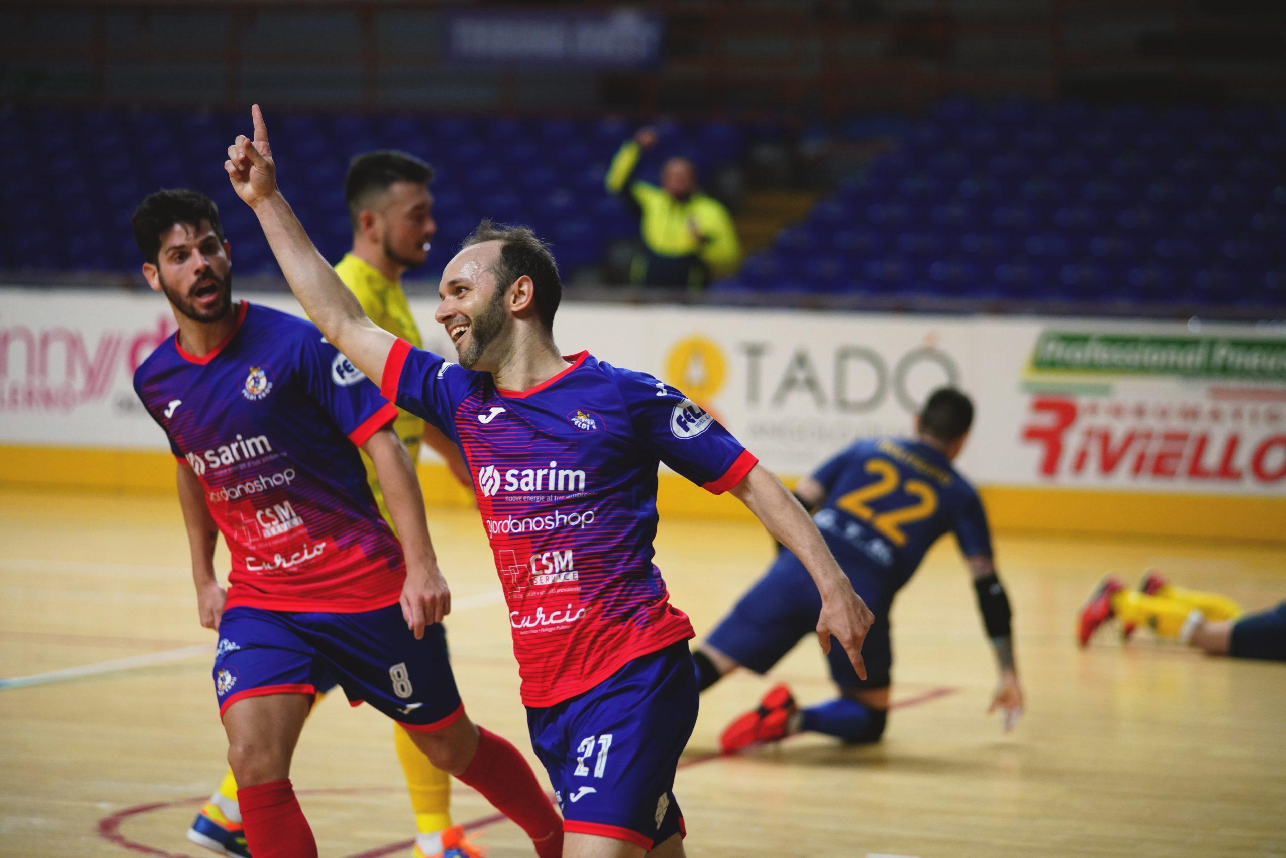 Handball Profi Alfonso Scarpa feiert sein Tor